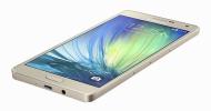 Samsung Galaxy A7: tenký (skoro) jako žiletka