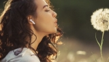 Bezdrátová sluchátka TCL Movie Audio S150 (test) jsou levná, funkční a pro nenáročné